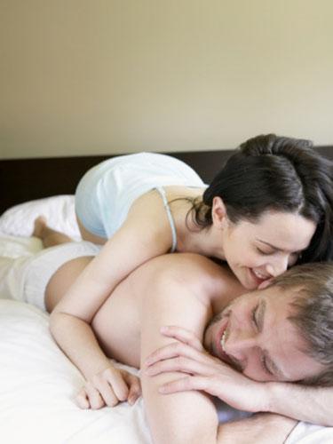 http://thetruthfulman.files.wordpress.com/2009/09/playful-couple-lg.jpg